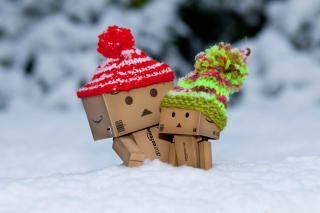 Free Danbo Is Scared By So Much Snow Picture for Android, iPhone and iPad