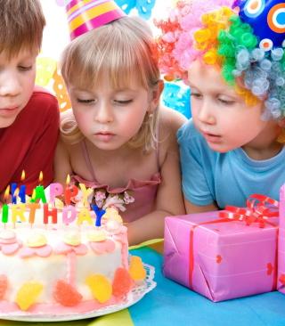 Kids Birthday - Obrázkek zdarma pro Nokia Asha 308