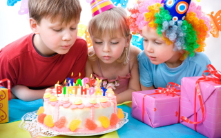 Kids Birthday - Obrázkek zdarma pro 220x176