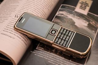 Nokia 8800 Gold Arte Rose - Obrázkek zdarma pro Desktop Netbook 1024x600