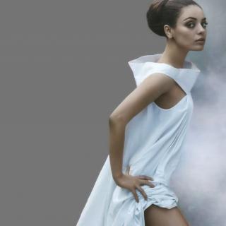 Mila Kunis Ukrainian actress - Obrázkek zdarma pro iPad Air
