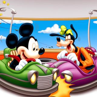 Mickey Mouse in Amusement Park - Obrázkek zdarma pro 208x208