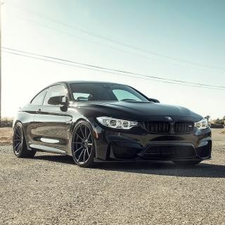BMW M4 Vorsteiner - Obrázkek zdarma pro iPad