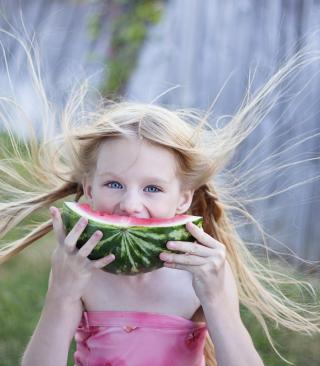 Girl Eating Watermelon - Obrázkek zdarma pro Nokia Asha 308