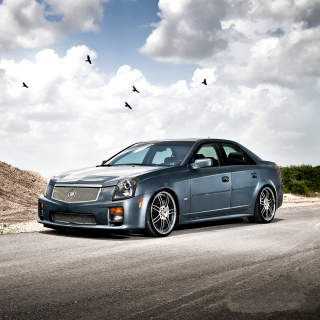 Cadillac CTS-V Test Drive - Obrázkek zdarma pro 208x208