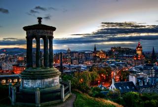 Edinburgh Lights - Obrázkek zdarma pro Nokia Asha 200