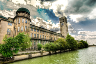 Museum In Munich Background for Android, iPhone and iPad