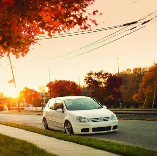 Volkswagen Golf - Obrázkek zdarma pro iPad Air