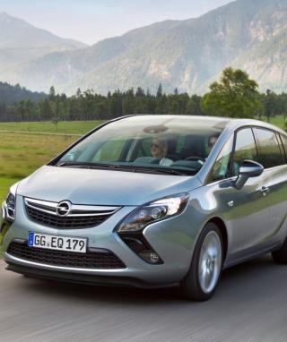 Opel Zafira - Obrázkek zdarma pro 240x320
