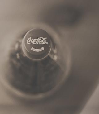 Coca-Cola Bottle - Obrázkek zdarma pro iPhone 5C