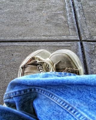 Old Shoes - Obrázkek zdarma pro 132x176