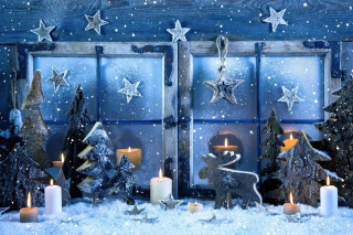 Free Christmas Window Decorations Picture for Android, iPhone and iPad