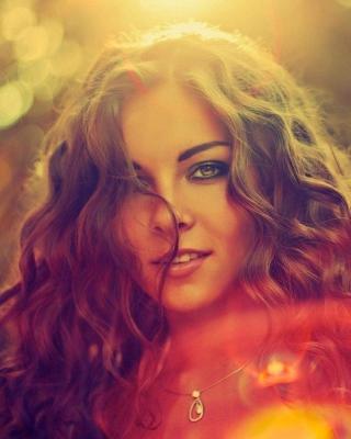 Curly Girl - Obrázkek zdarma pro Nokia Asha 202