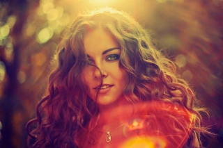 Curly Girl - Obrázkek zdarma pro 1366x768