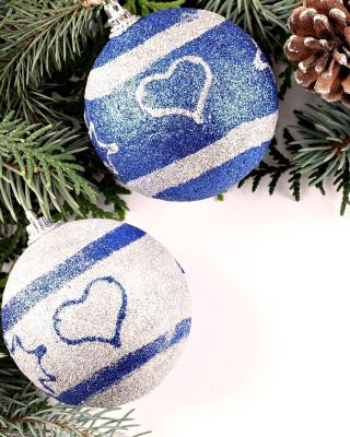 Christmas Tree Balls - Obrázkek zdarma pro Nokia Asha 303