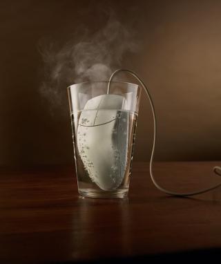 Hot Mouse - Obrázkek zdarma pro Nokia Asha 300
