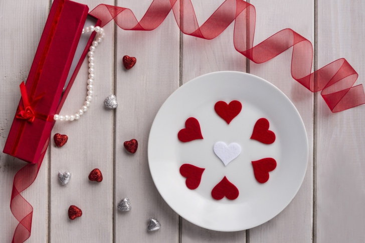 Romantic Valentines Day Table Settings wallpaper