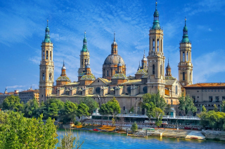 Basilica of Our Lady of the Pillar, Zaragoza, Spain - Obrázkek zdarma pro Desktop 1280x720 HDTV