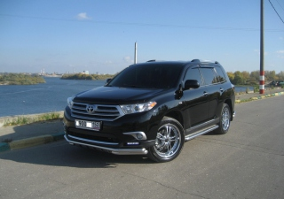 Toyota Highlander Background for Android, iPhone and iPad