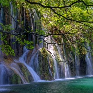 Waterfalls in National park Plitvice - Obrázkek zdarma pro 1024x1024