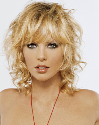 Charlize Theron - Obrázkek zdarma pro Nokia C2-03
