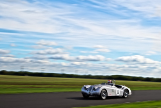 Silver Jaguar XK120 Background for Android, iPhone and iPad