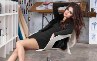 Selena Gomez New Background for Android, iPhone and iPad