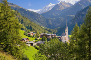 Heiligenblut am Grossglockner in Austria Background for Android, iPhone and iPad