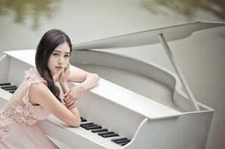 Beautiful Pianist Girl - Obrázkek zdarma pro Samsung Google Nexus S 4G