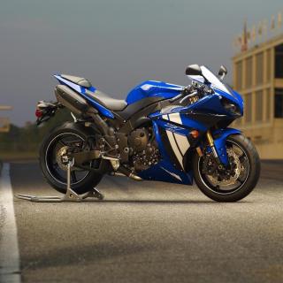 Yamaha R1 Motorcycle - Obrázkek zdarma pro 128x128