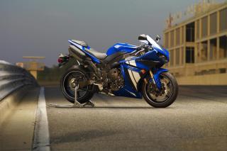 Yamaha R1 Motorcycle - Obrázkek zdarma pro Nokia XL