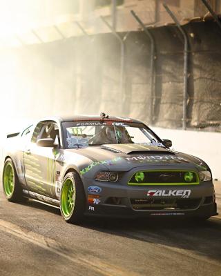 Ford Mustang GT Drift - Obrázkek zdarma pro Nokia C2-01