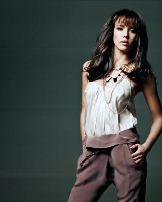 Jessica Alba - Obrázkek zdarma pro Nokia Asha 202