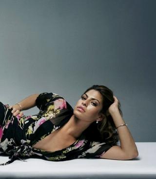 Eva Mendes - Obrázkek zdarma pro 176x220