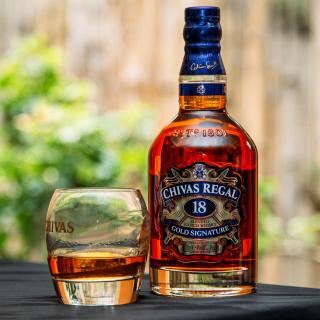 Chivas Regal 18 Year Old Whisky - Obrázkek zdarma pro iPad 3