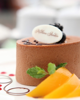Chocolate Cake Decoration Design - Obrázkek zdarma pro Nokia Asha 305