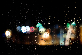 Raindrops on Window Bokeh Photo - Obrázkek zdarma pro Samsung Galaxy S3