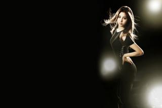 Girl In Black - Obrázkek zdarma pro 480x320