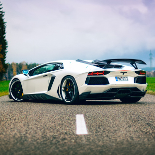Lamborghini Aventador - Obrázkek zdarma pro 1024x1024