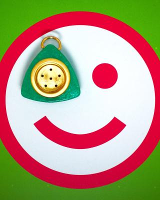 Plate Smile - Obrázkek zdarma pro iPhone 4S