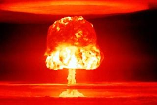Nuclear explosion - Obrázkek zdarma pro Fullscreen Desktop 1400x1050