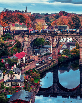 Knaresborough In North Yorkshire - Obrázkek zdarma pro iPhone 5C