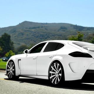 Porsche Panamera Turbo - Obrázkek zdarma pro iPad