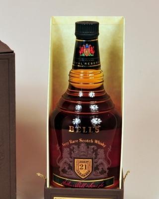 Bells Scotch Blended Whisky - Obrázkek zdarma pro 240x432