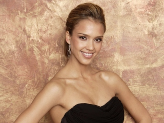 Jessica Alba in Dress - Obrázkek zdarma pro Widescreen Desktop PC 1920x1080 Full HD