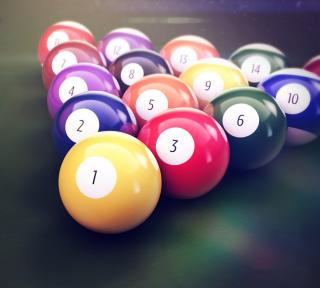 Playing Pool Game - Obrázkek zdarma pro iPad Air