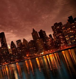 Manhattan Reflections - Obrázkek zdarma pro 2048x2048