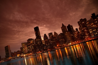Manhattan Reflections - Obrázkek zdarma pro Samsung Galaxy S II 4G