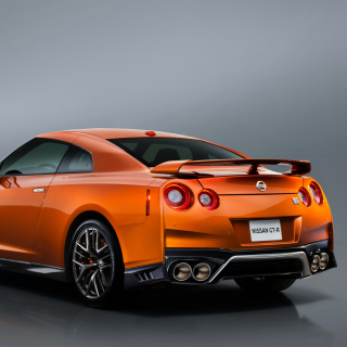 Nissan GTR R35 - Obrázkek zdarma pro iPad