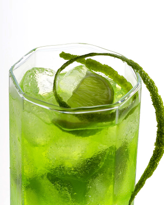 Green Cocktail with Lime - Obrázkek zdarma pro iPhone 6 Plus